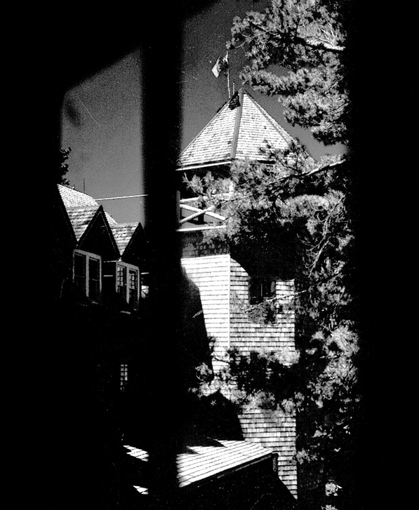 The Ojibway's creaking staircases, wooden floors, shadowy corners, high, mysterious-looking windows and Claude Bragdon's striking tower have always been the perfect setting for Georgian Bay ghost stories.