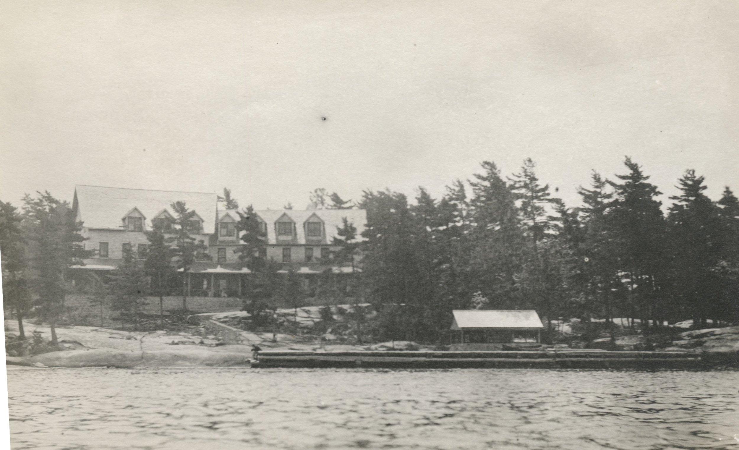 Ojibway Hotel 1910