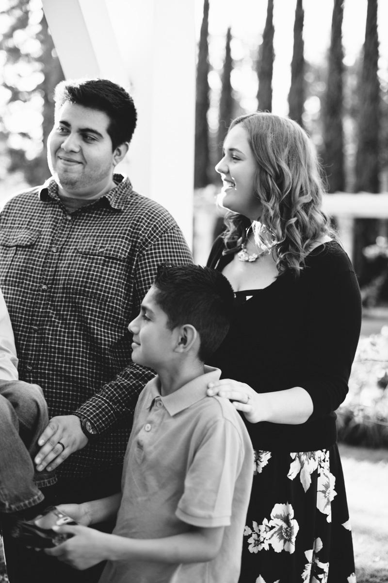 lacy park san marino family portraits-7707.jpg
