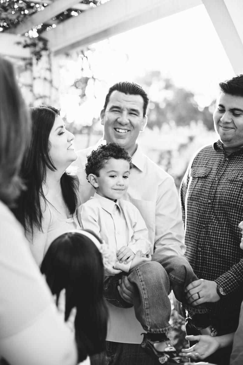 lacy park san marino family portraits-7710.jpg