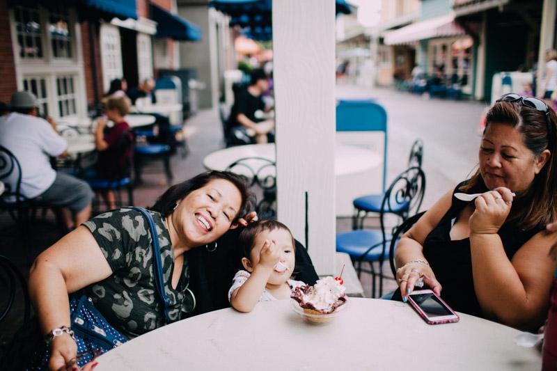 disney california adventure family portraits-5308.jpg