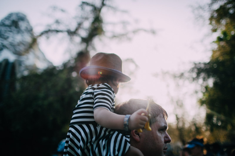 disneyland family portraits-5605.jpg