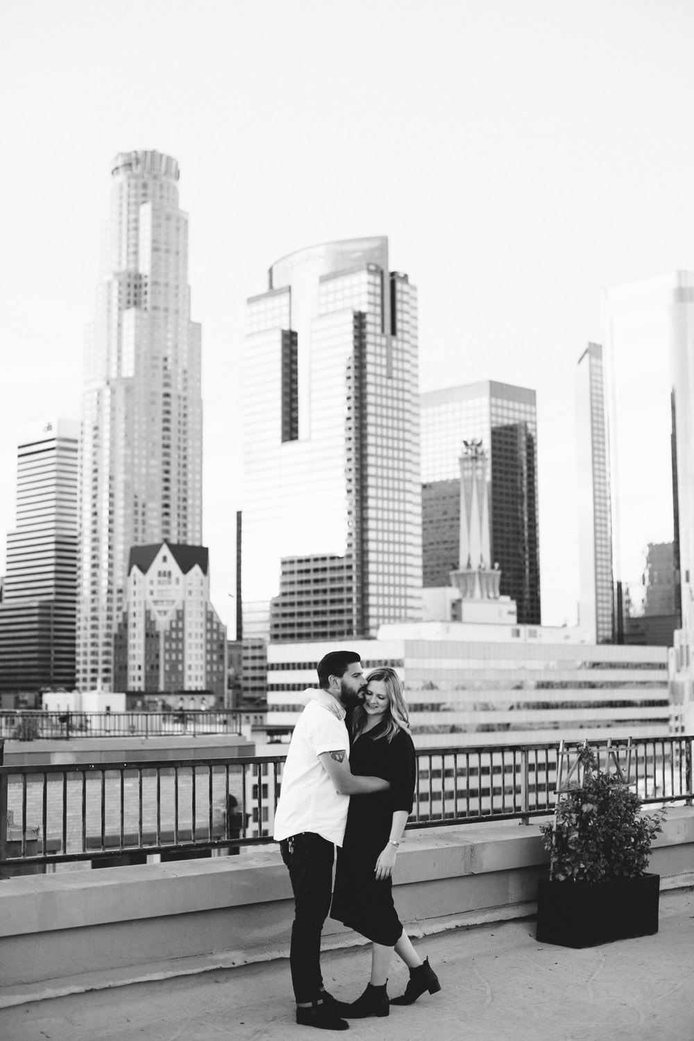 downtown los angeles in love session-5948.jpg