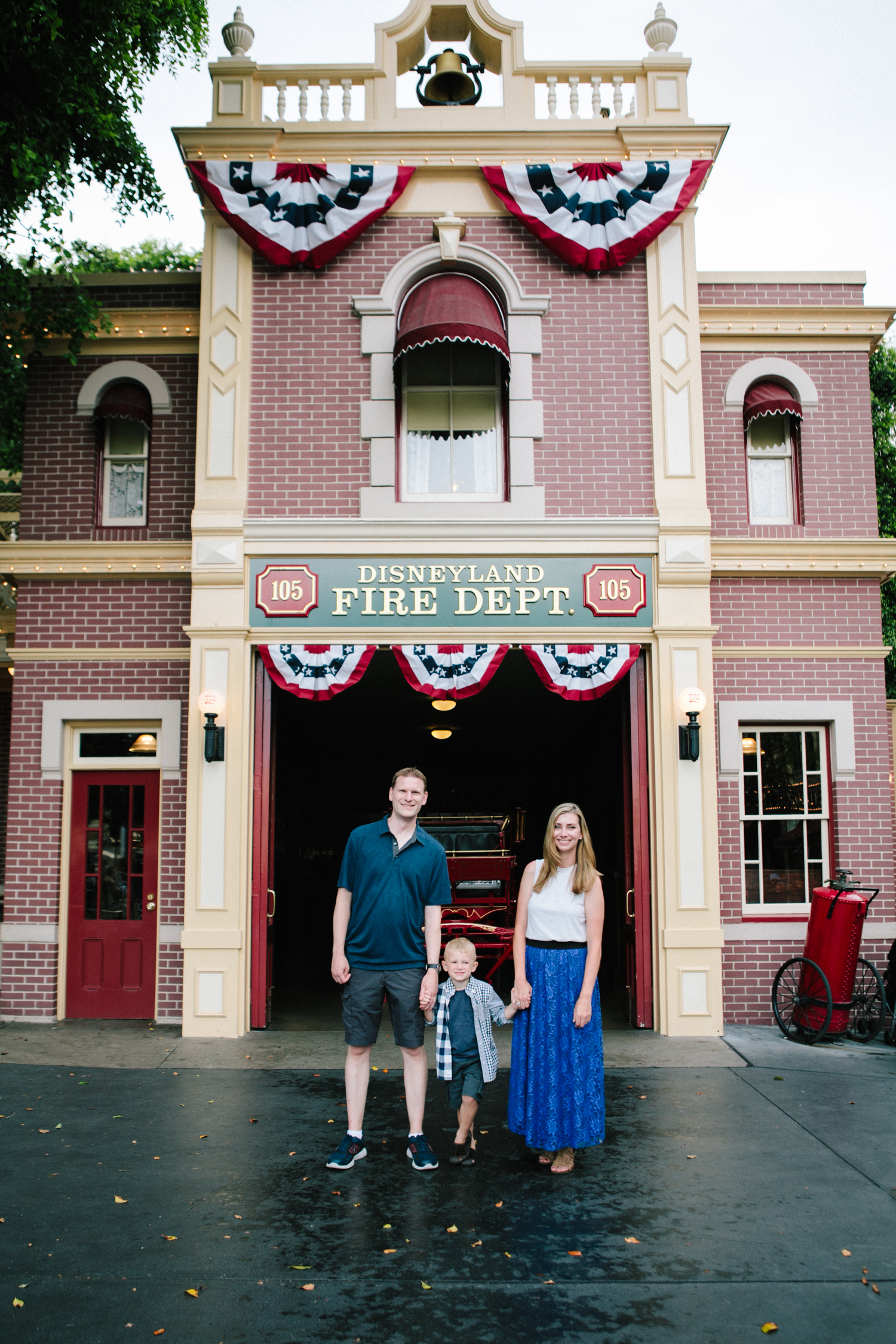 disneyland family photographer-1000.jpg