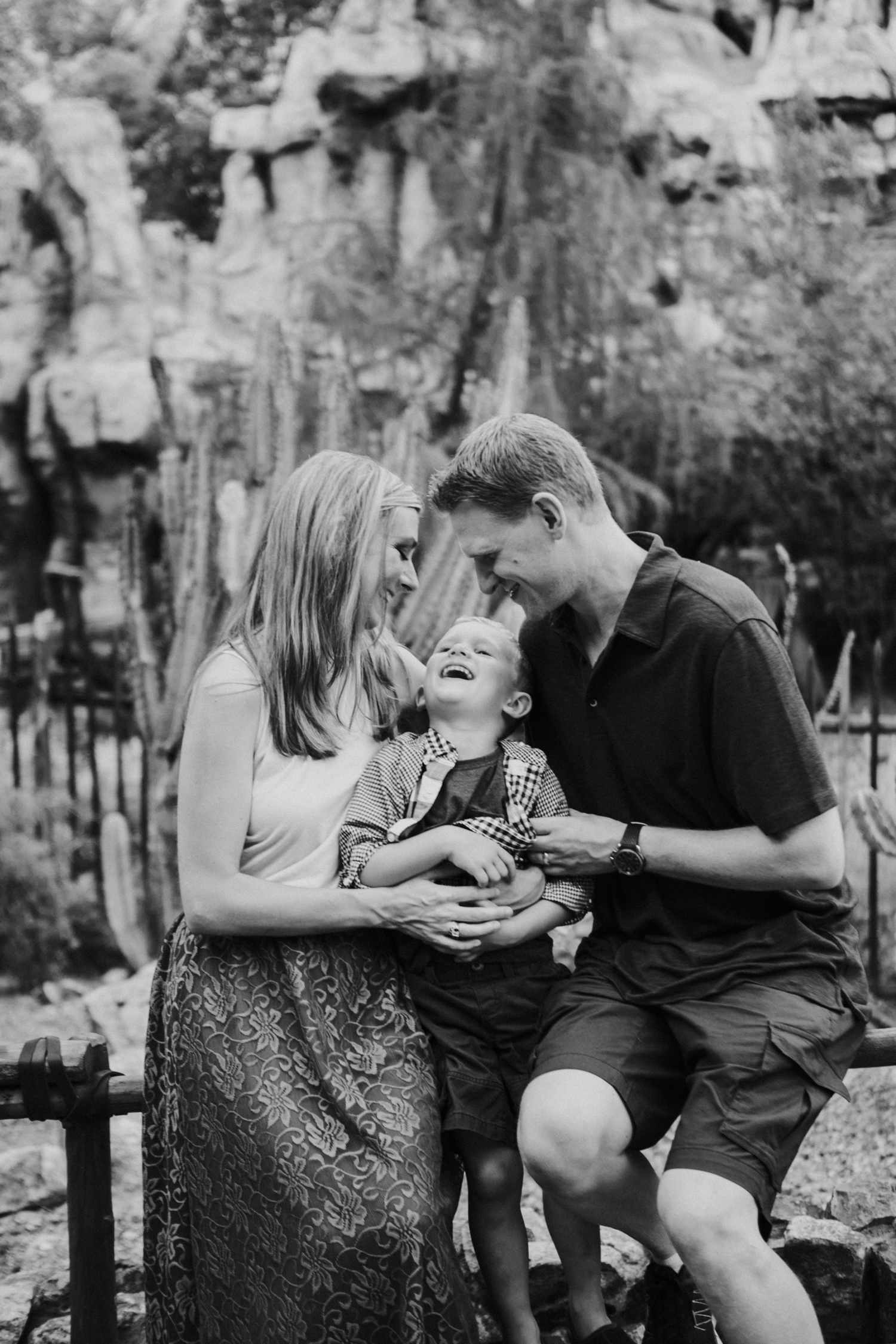 disneyland family photographer-1022.jpg