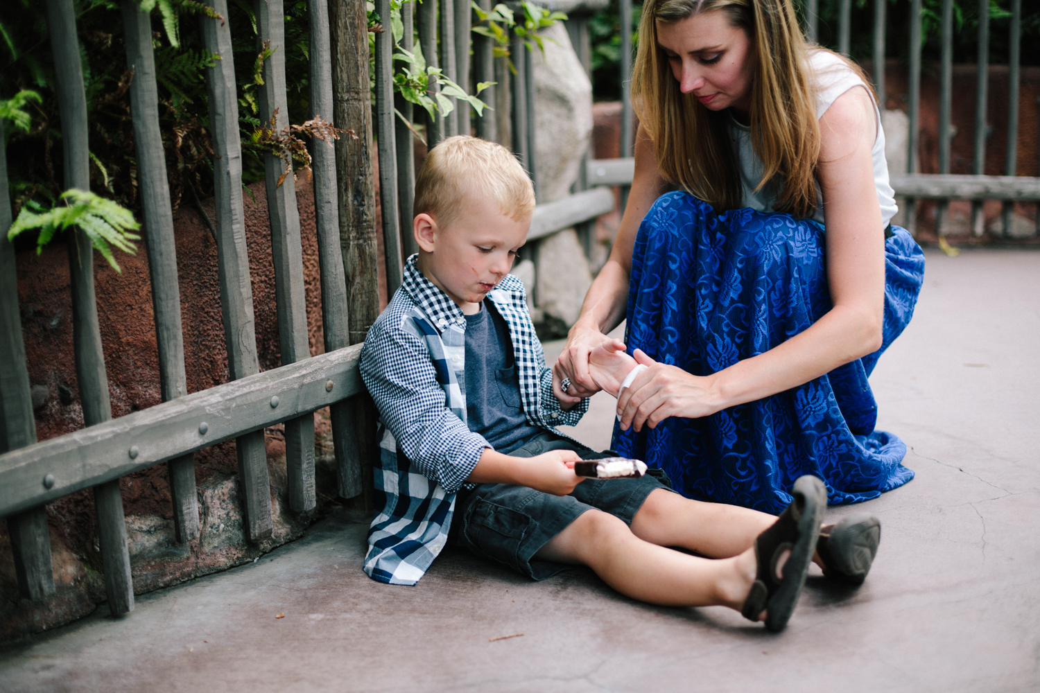 disneyland family photographer-1034.jpg