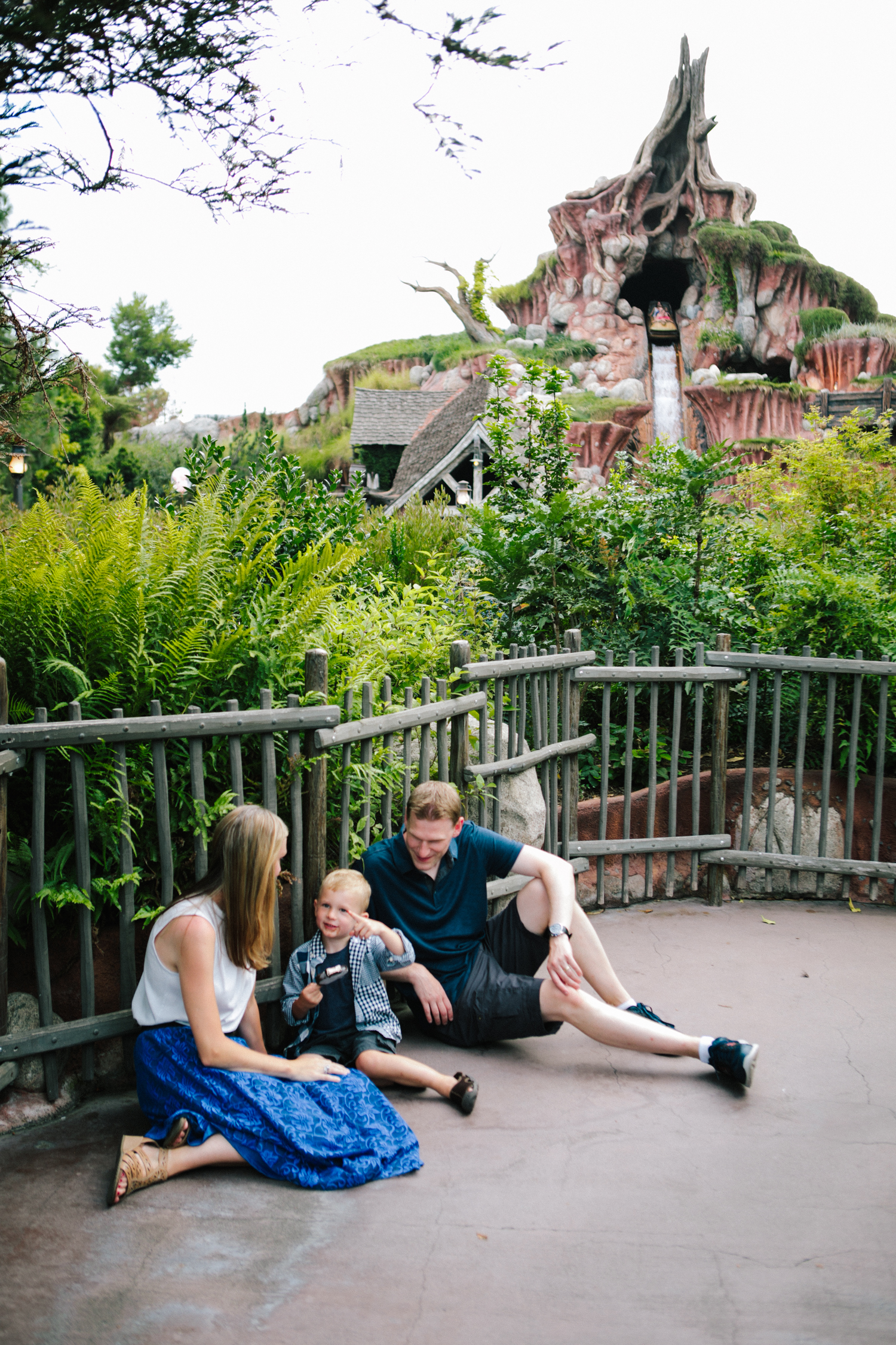 disneyland family photographer-1033.jpg