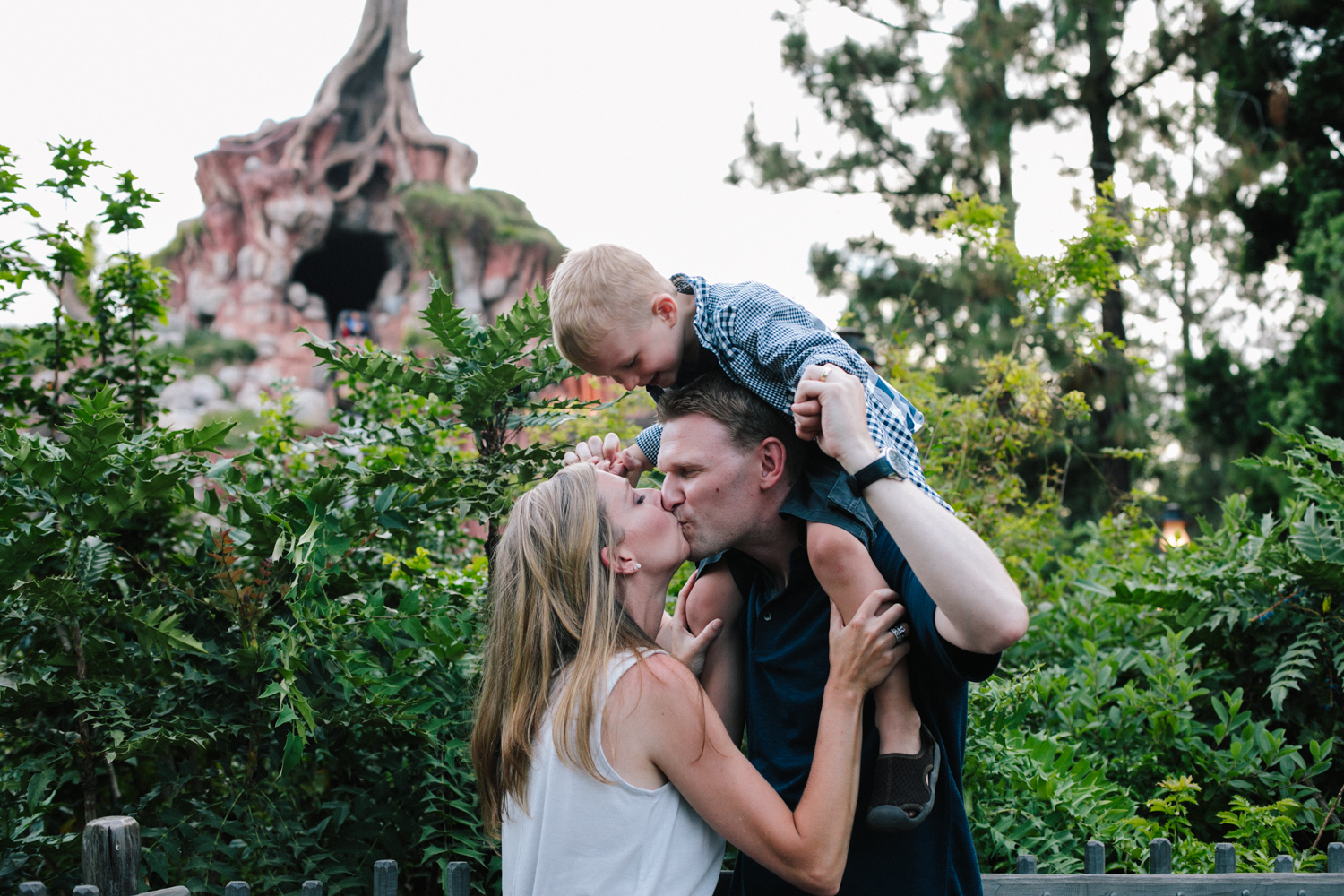 disneyland family photographer-1039.jpg