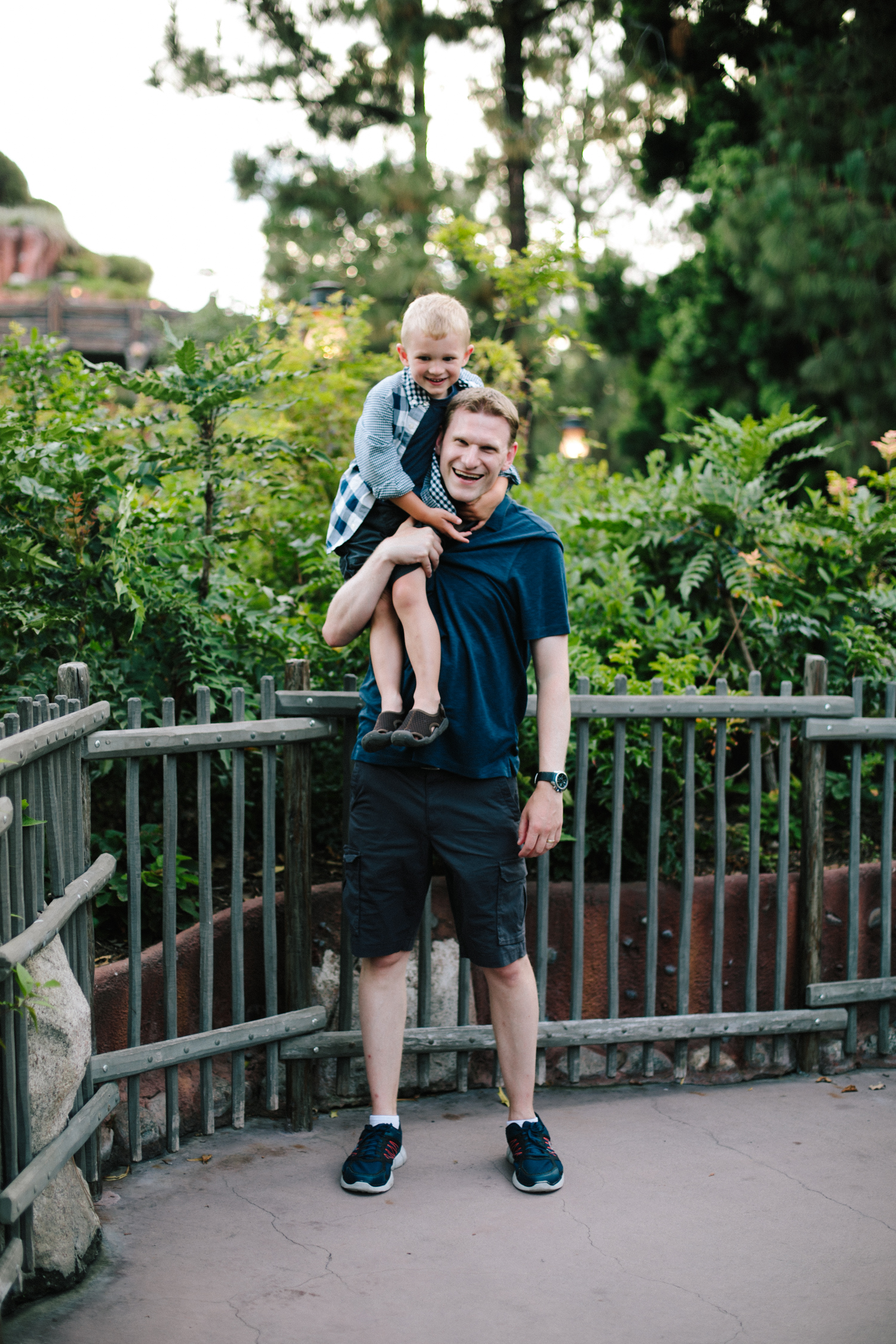 disneyland family photographer-1043.jpg