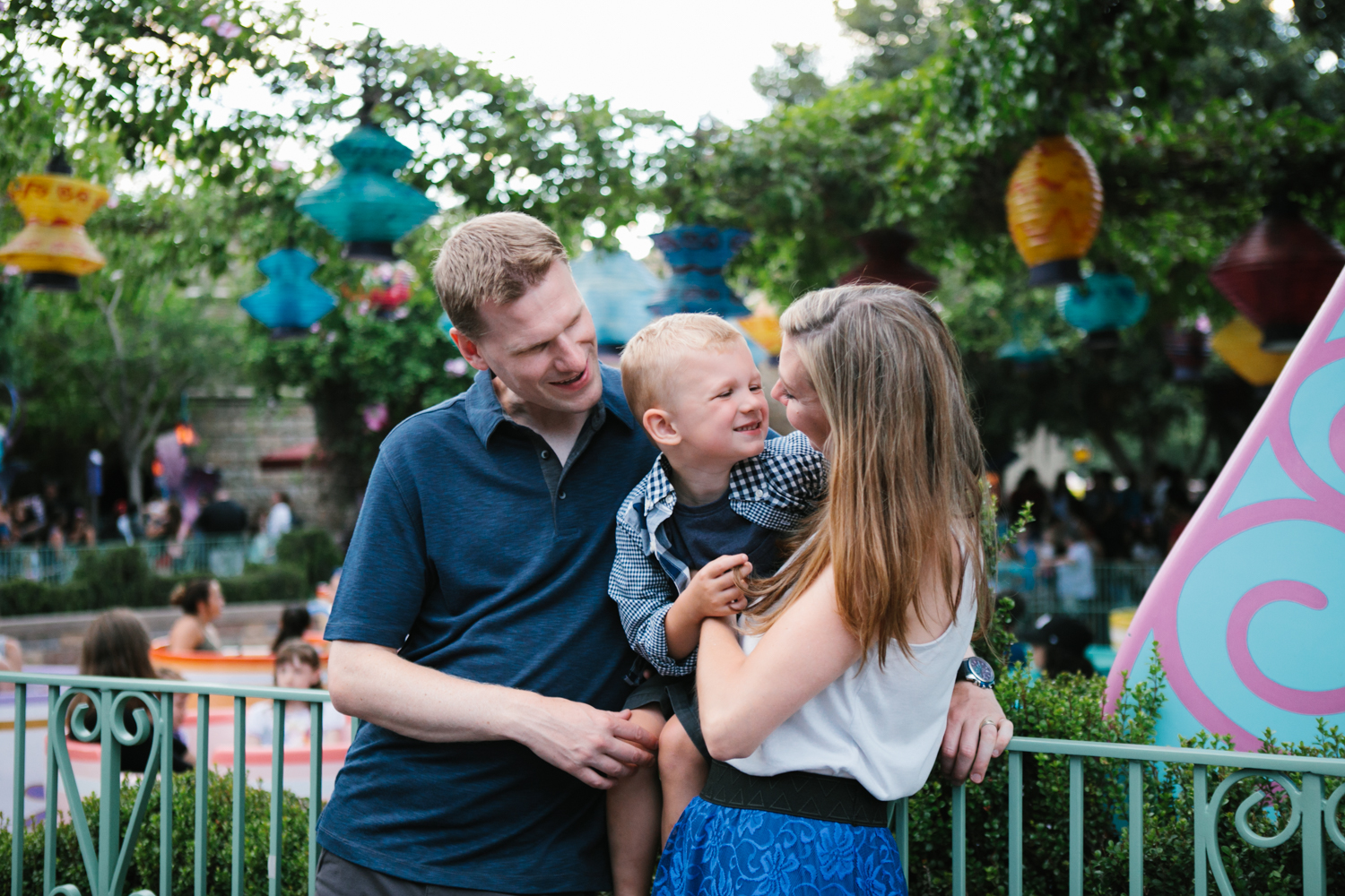 disneyland family photographer-1050.jpg