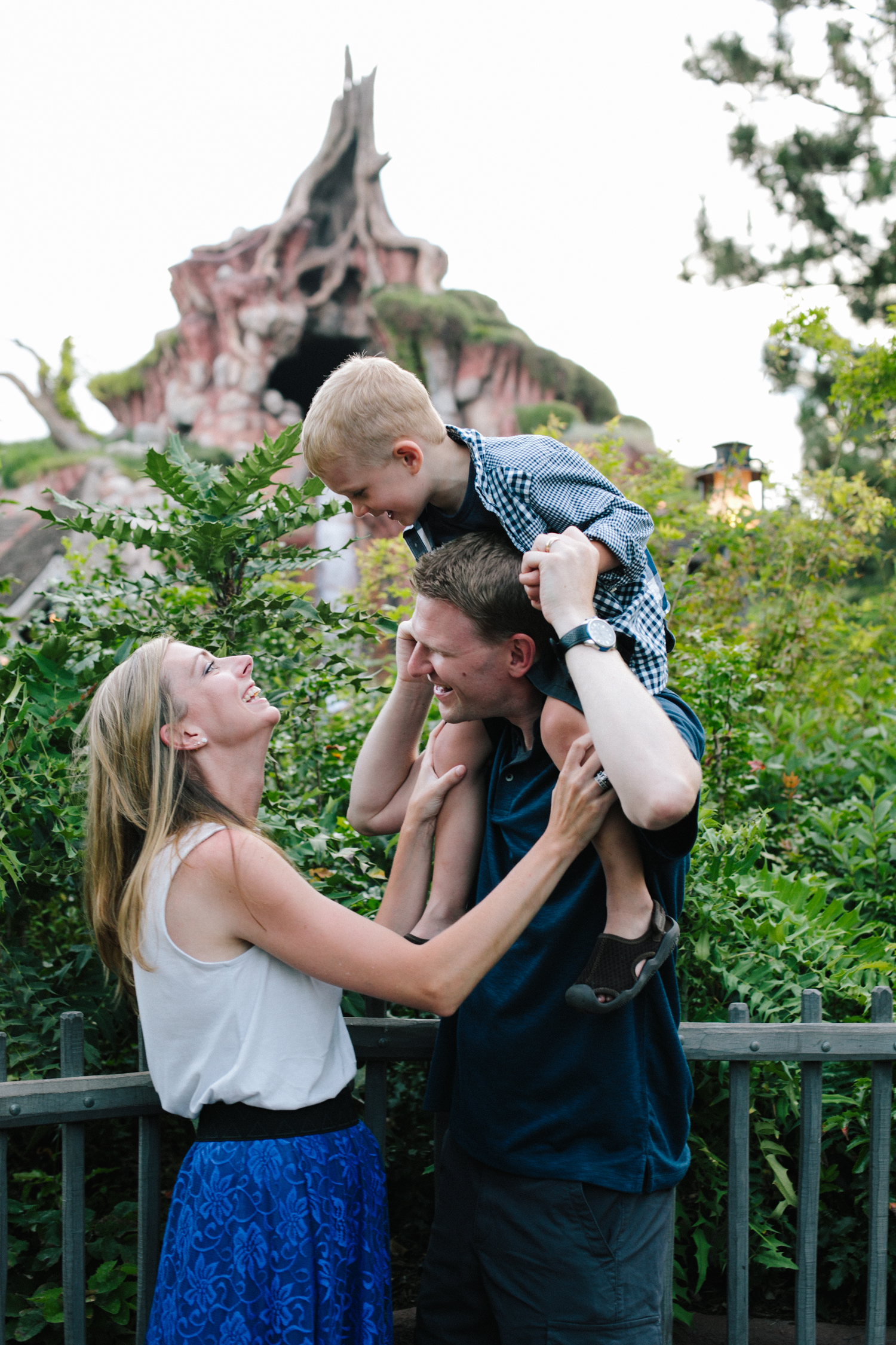 disneyland family photographer-1040.jpg