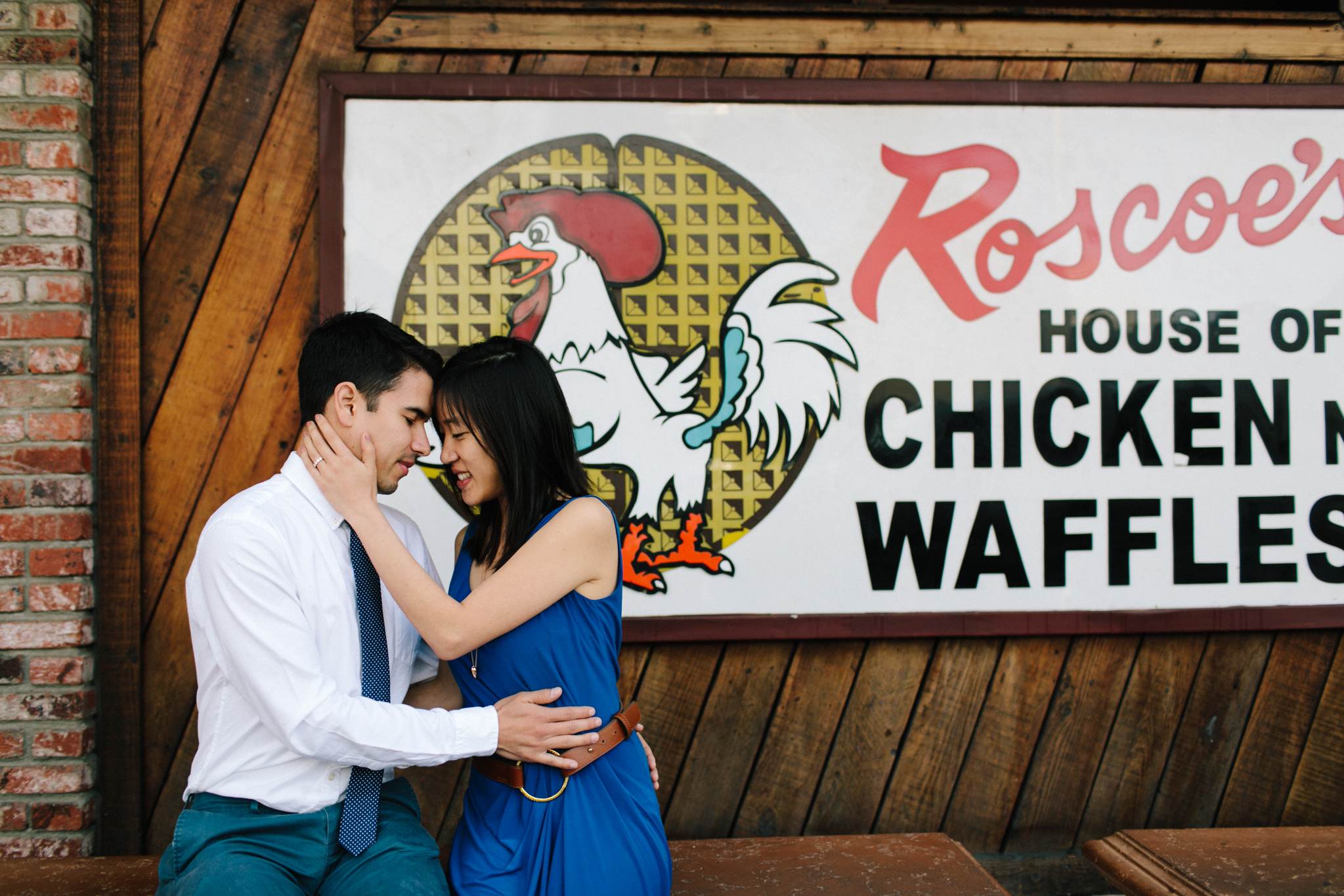 roscoes chicken and waffles engagement-102.jpg