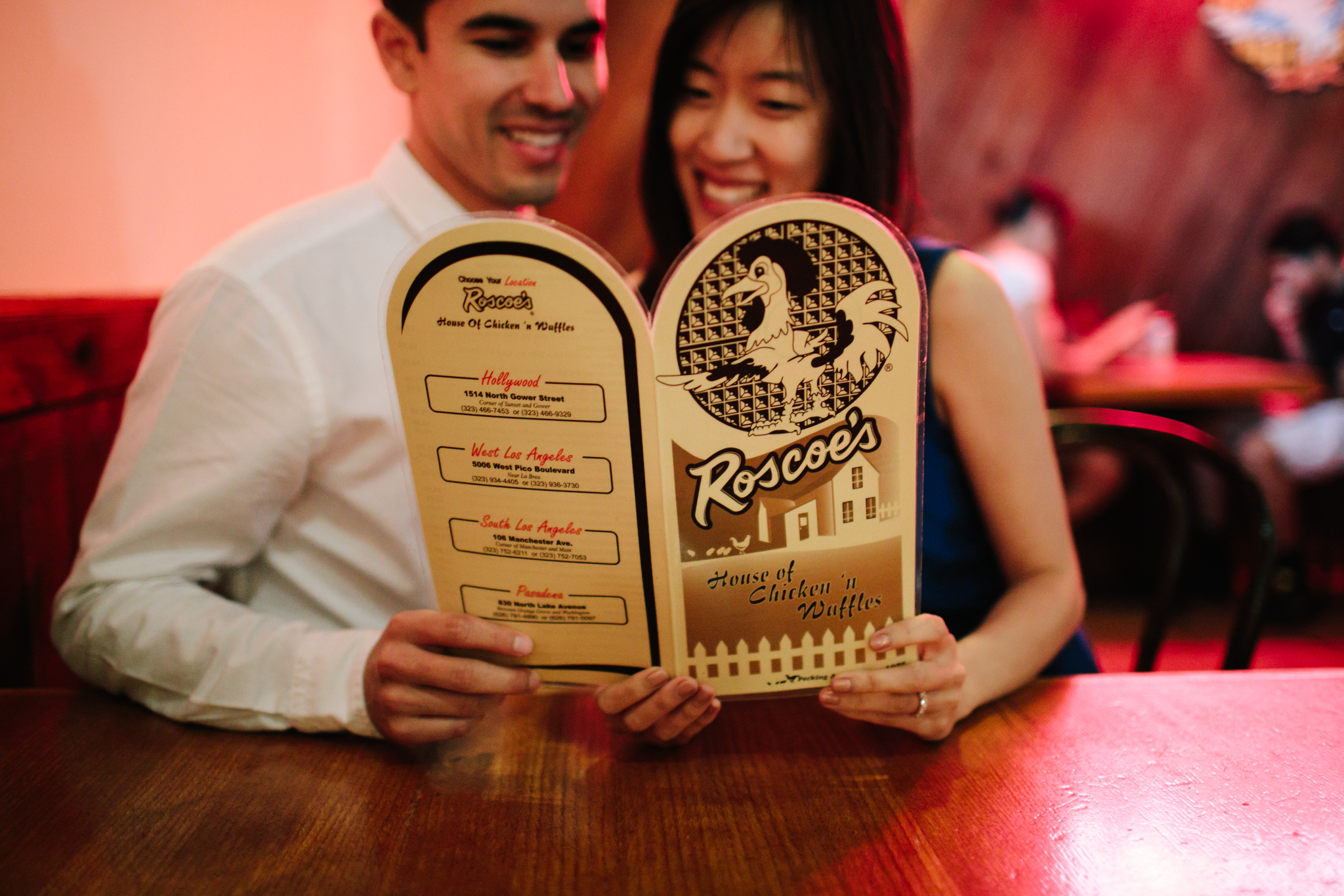 roscoes chicken and waffles engagement-105.jpg