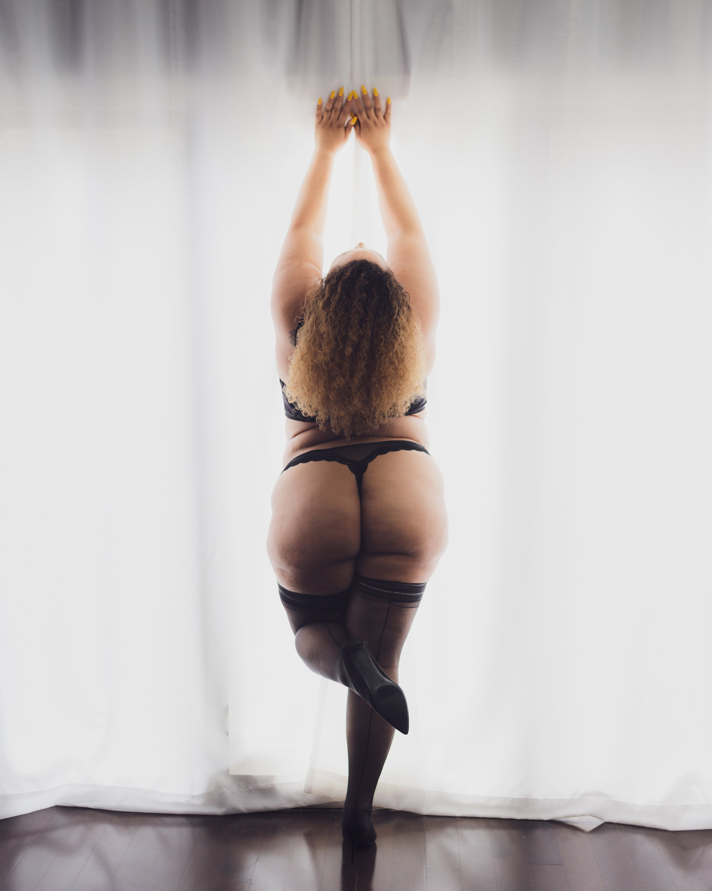 Nine19 Photography Raleigh NC Boudoir Photographer-0907.jpg