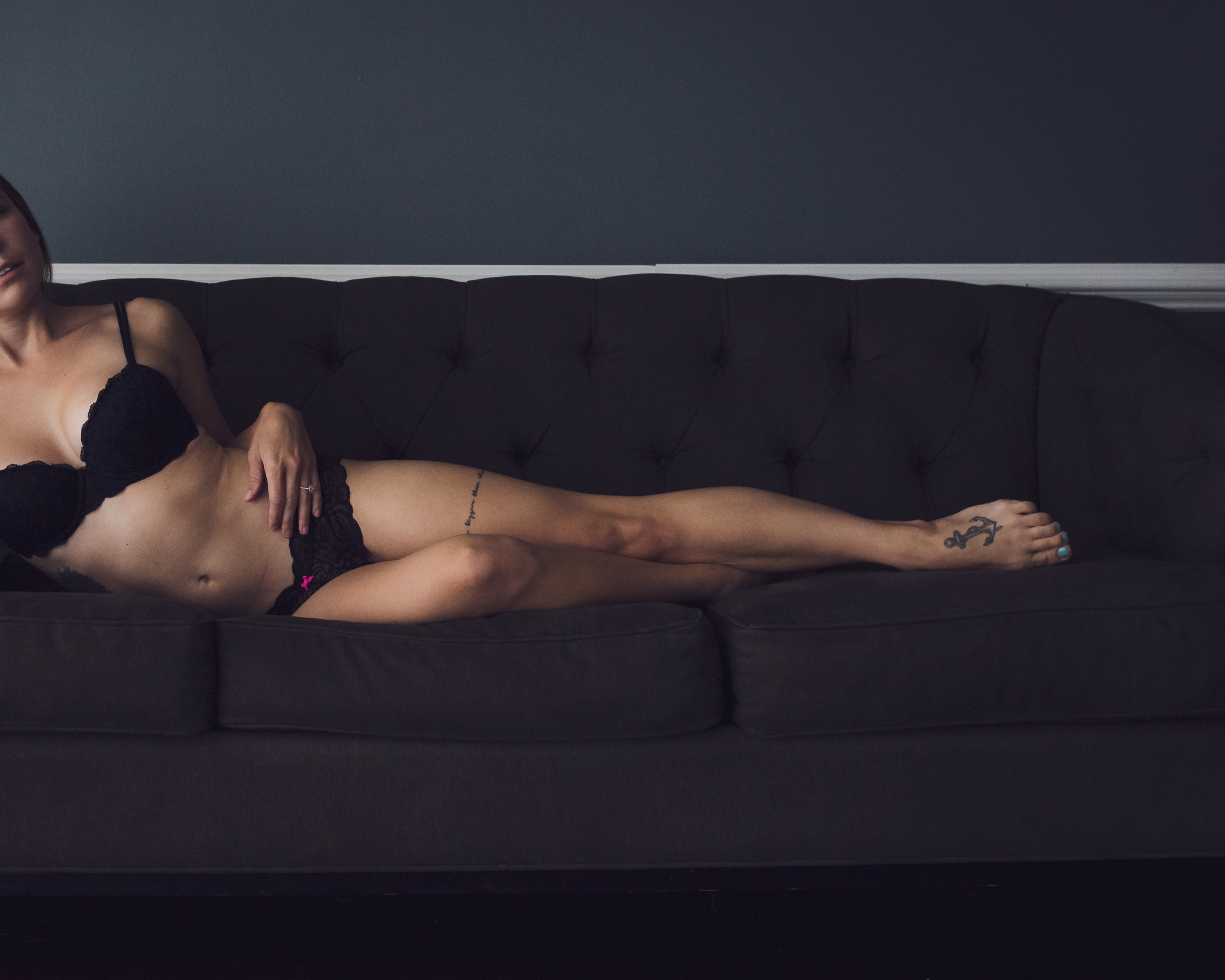 Nine19 Photography Raleigh NC Boudoir Photographer-9913.jpg