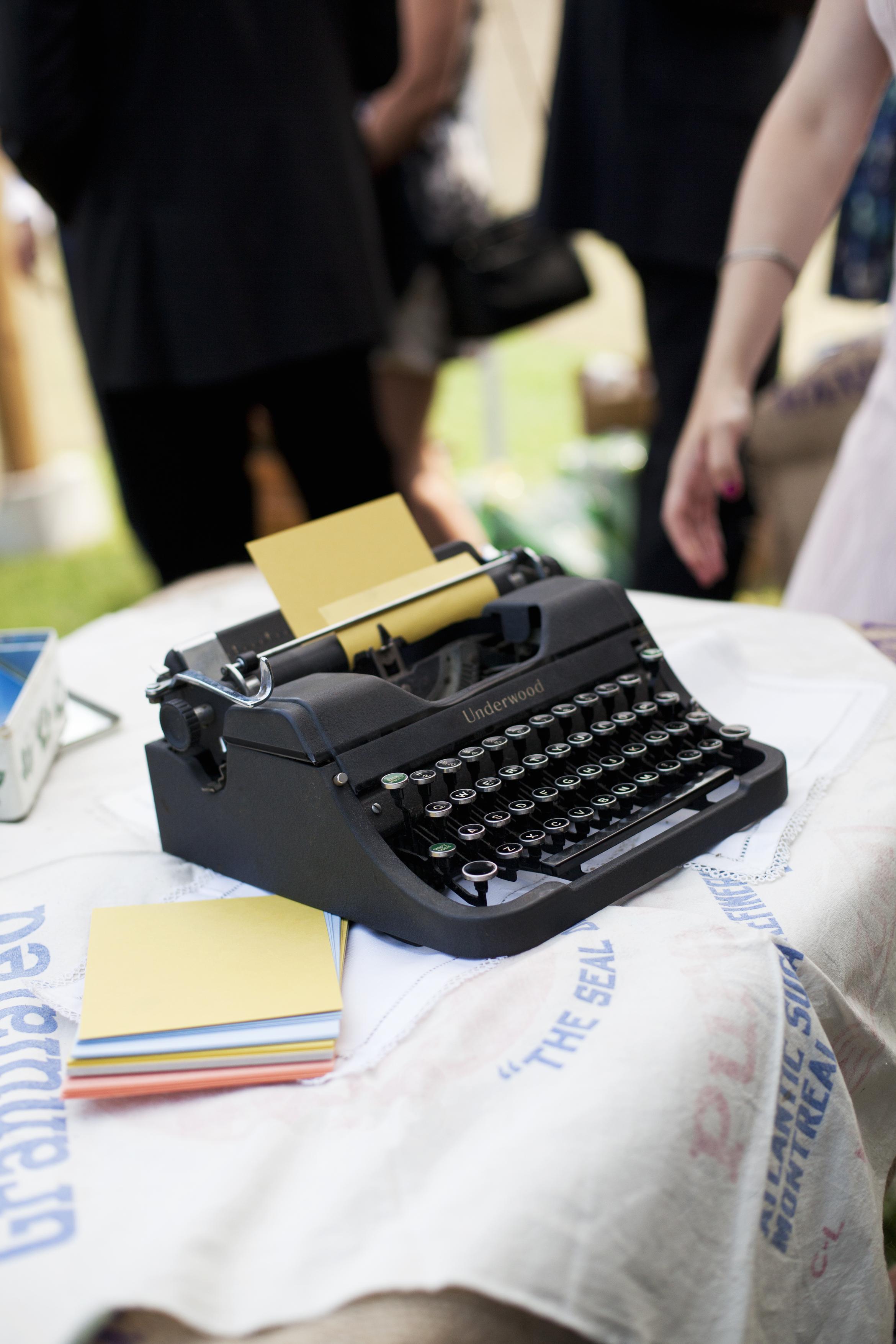 underwood_typewriter_toronto