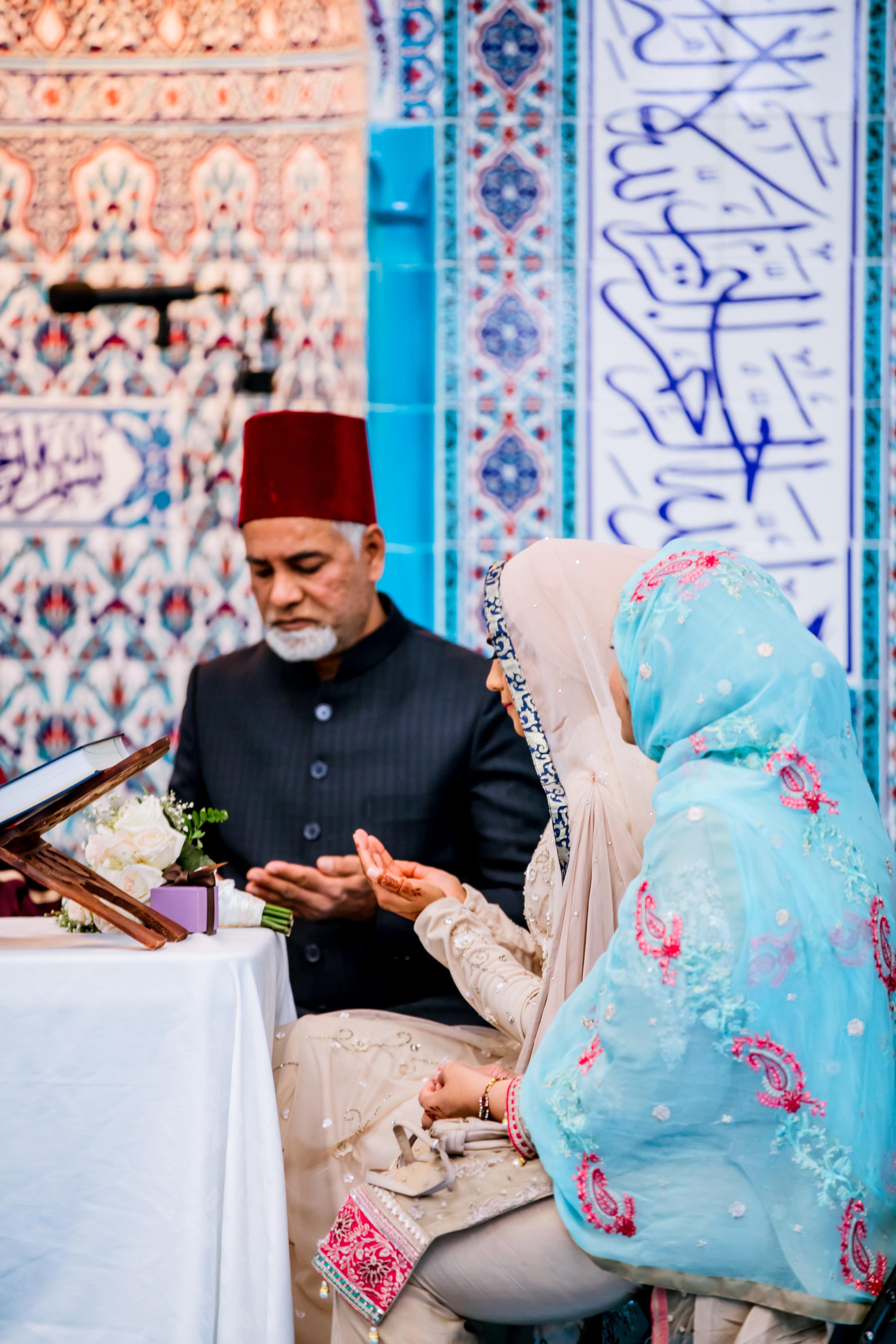 Karimah_Gheddai_Muslim_Sayeda_Khadija_Centre_Kariya_Park_GTA-Pakistani-Indian-Wedding-Engagement-Photographer-Photography_010