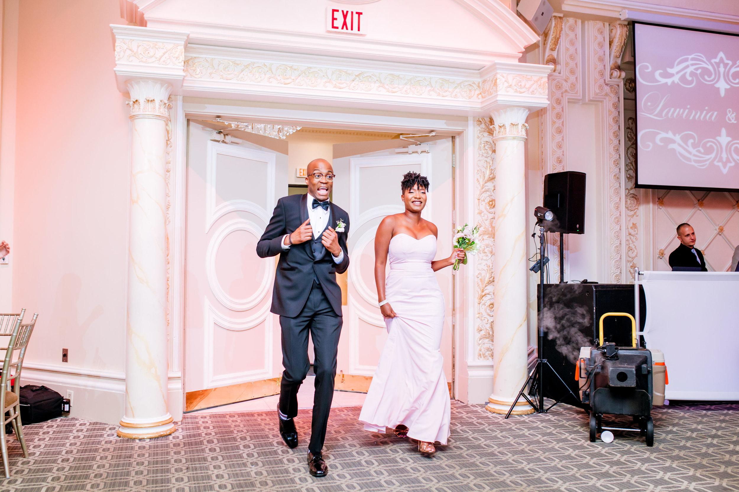Karimah_Gheddai_Photography_Catholic_Wedding_Alexander_Muir_Gardens_Paradise_Banquet_Hall_13