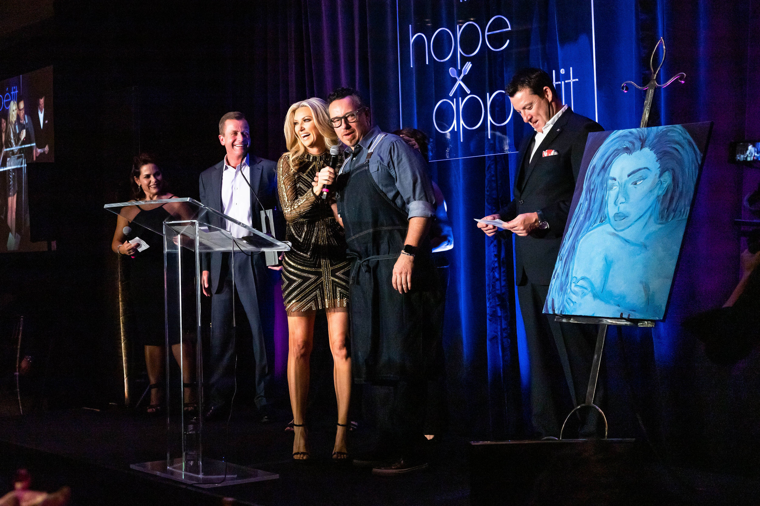 The Hope Appétit 2019 gala was made possible thanks to the generous support of Dirk and Katie Dozier, Margaret and Don Collis, the Bill Taylor Family, and the rest of our sponsors.  Photos by    Brandi Lacey Photography    and   Amy Hicks Photography