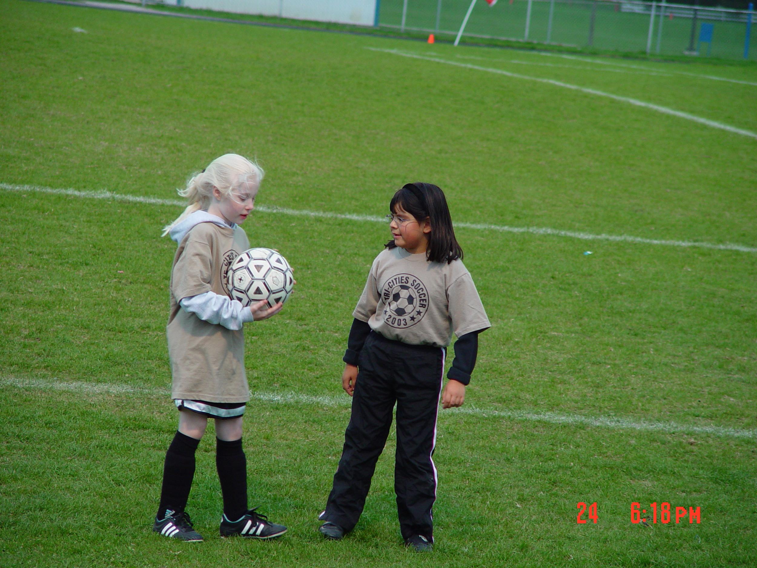 Alyssa & Liz Soccer_8 years.JPG