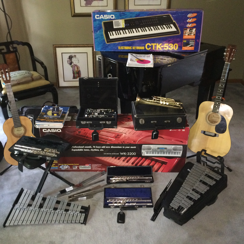 Music Instruments_IMG_1913.jpg