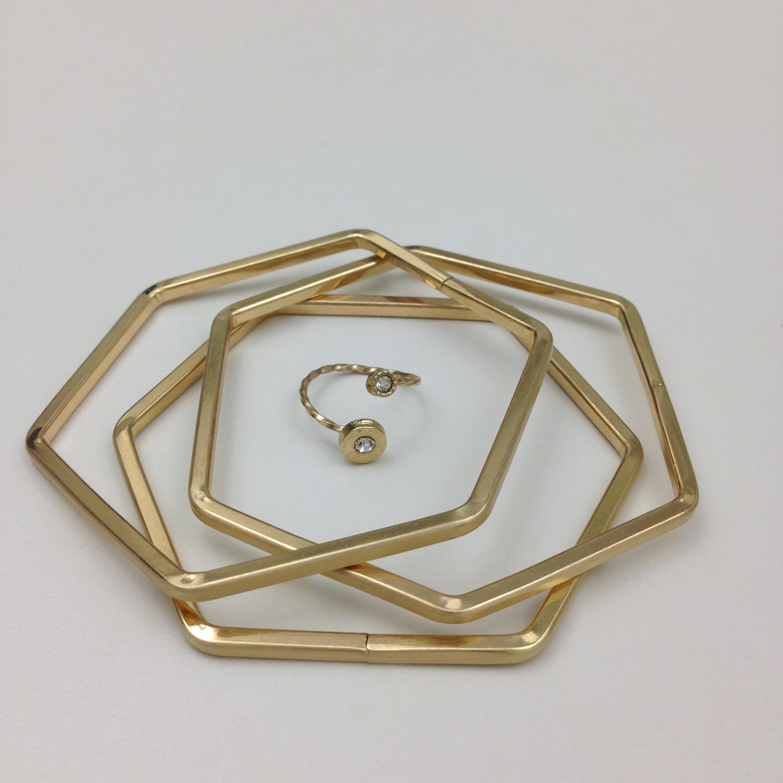Simone Crystal Stone Ring & Lulu Honeycomb Bangle Set