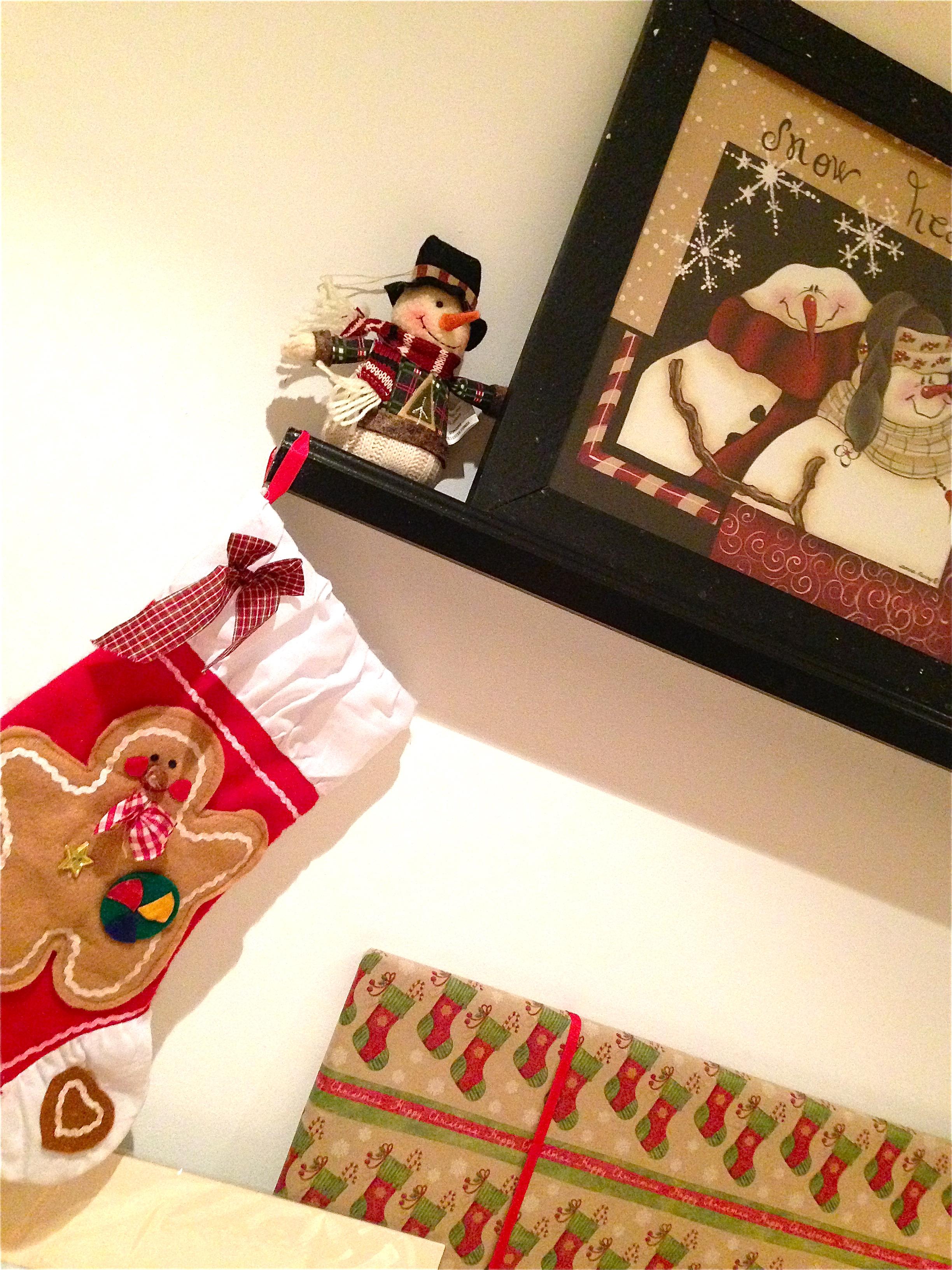 Christmas shelves details