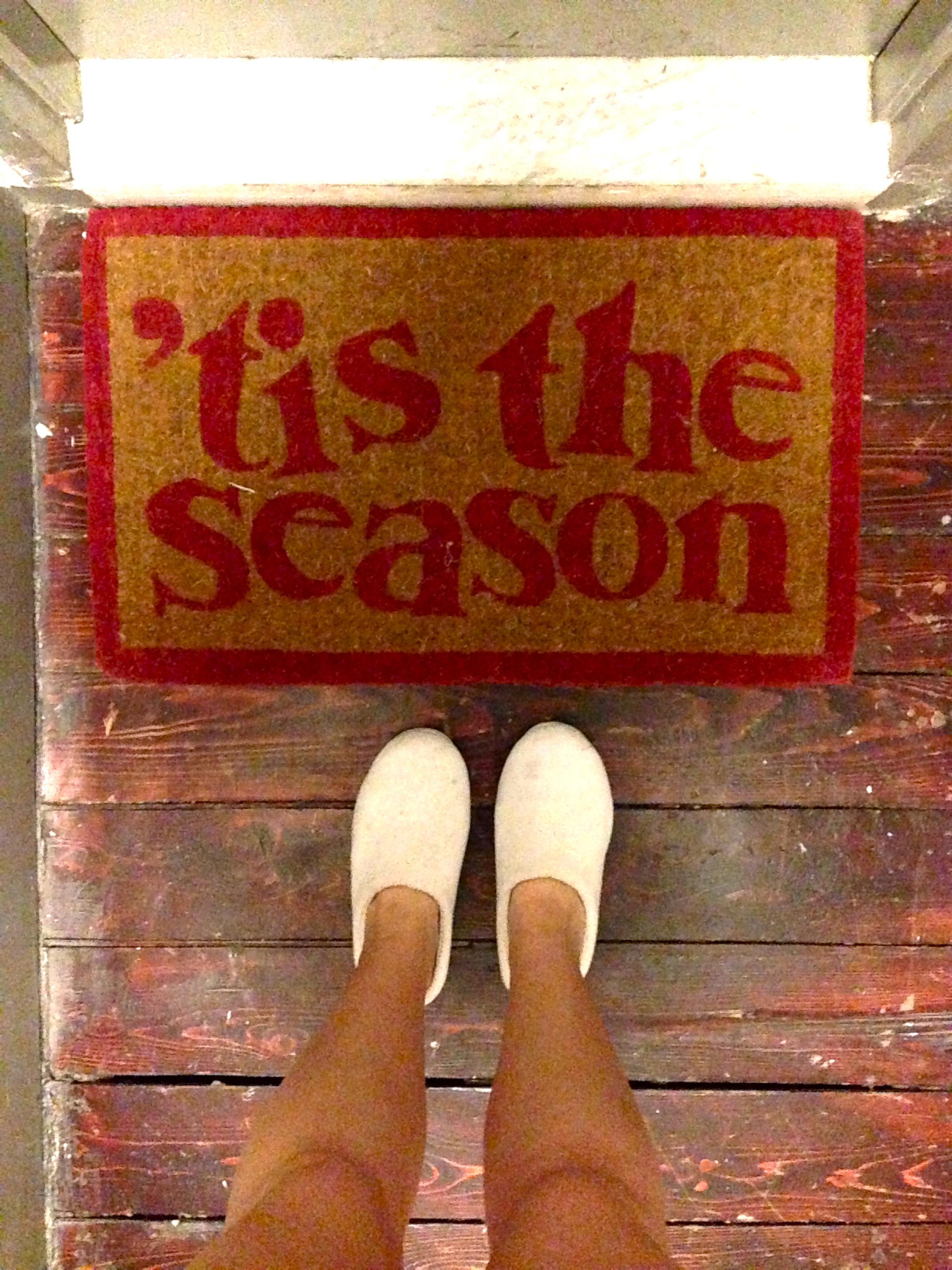 'tis the season rug