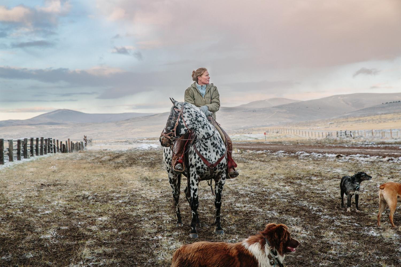 Women & Horses