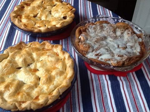 my sister Louise in Caribou Maine, put these pies out today on Facebook..