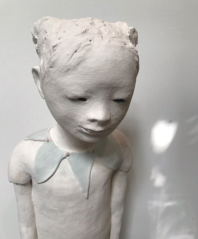 In the studio, love this time of day/light - this one is larger than usual #ceramics #sculpture #inprocess #glaze #contemporaryart #figurativeart #contemporarysculpture