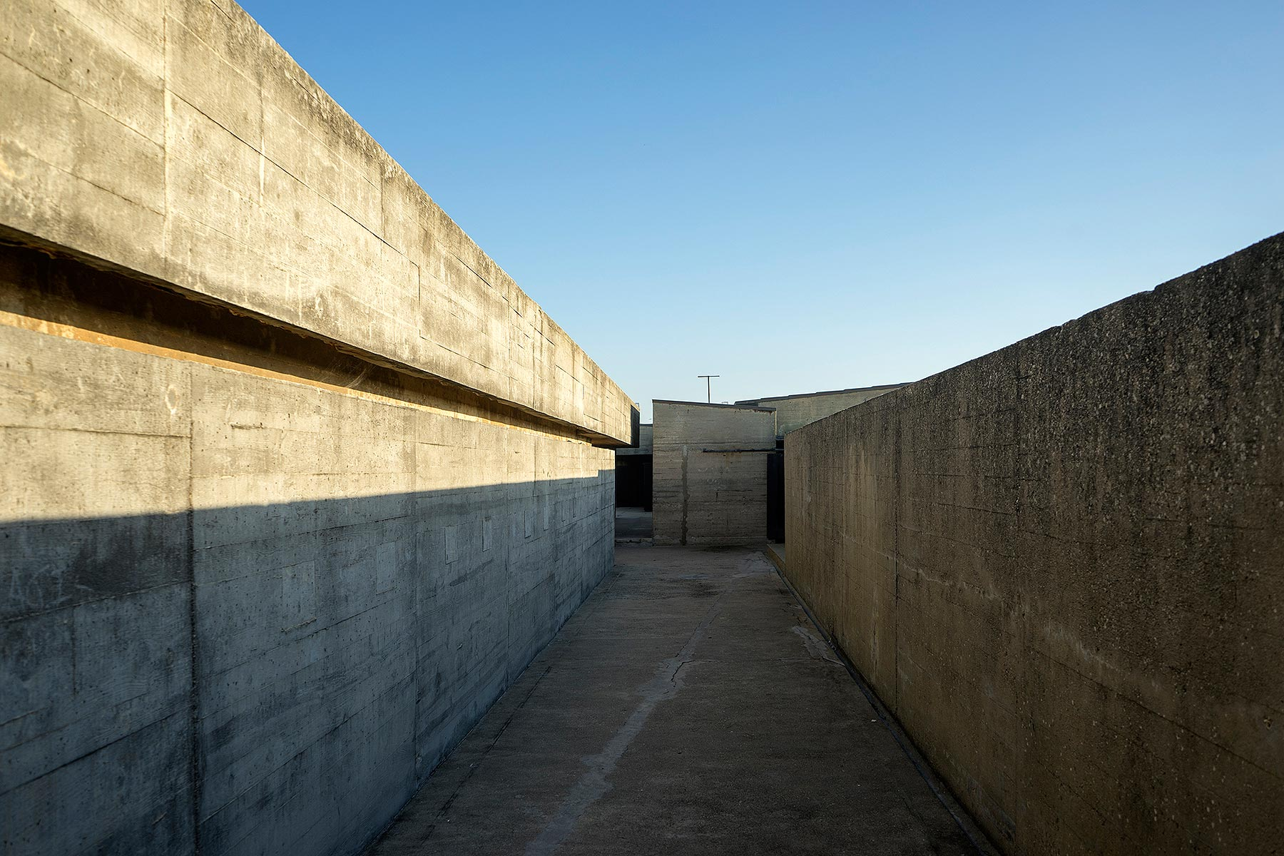 Leça Swimming Pools, Matosinhos, Porto, Portugal, Alvaro Siza, 1966