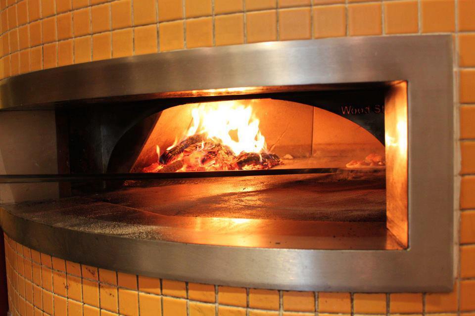 mias-pizzas-03.jpg