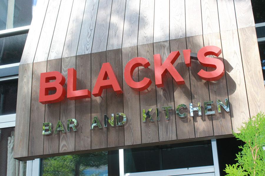 Spotluck Spotlight Black S Bar Kitchen Spotluck