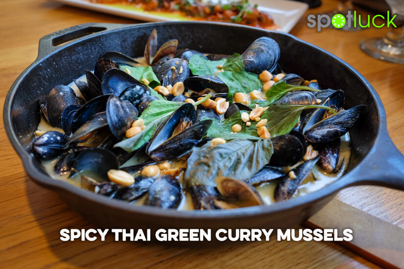 spicy-thai-green-curry-mussels-mussel-bar-arlington