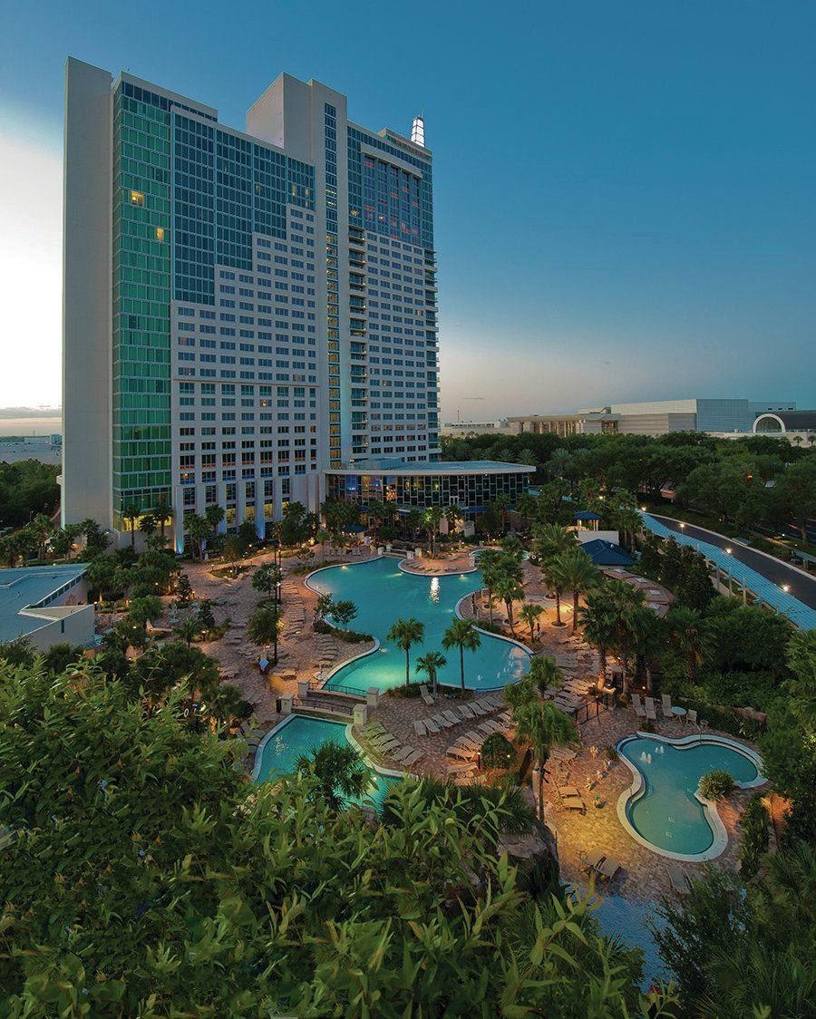 Pool view of the Hyatt Regency in Orlando
