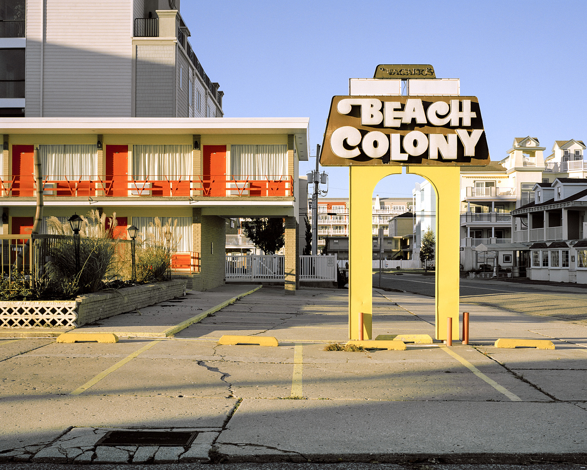 BEACH COLONY MOTEL
