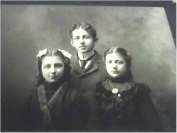 Tisha (left) and Rose (right) with unknown boy, possibly Meyer Maltinsky, circa 1899.