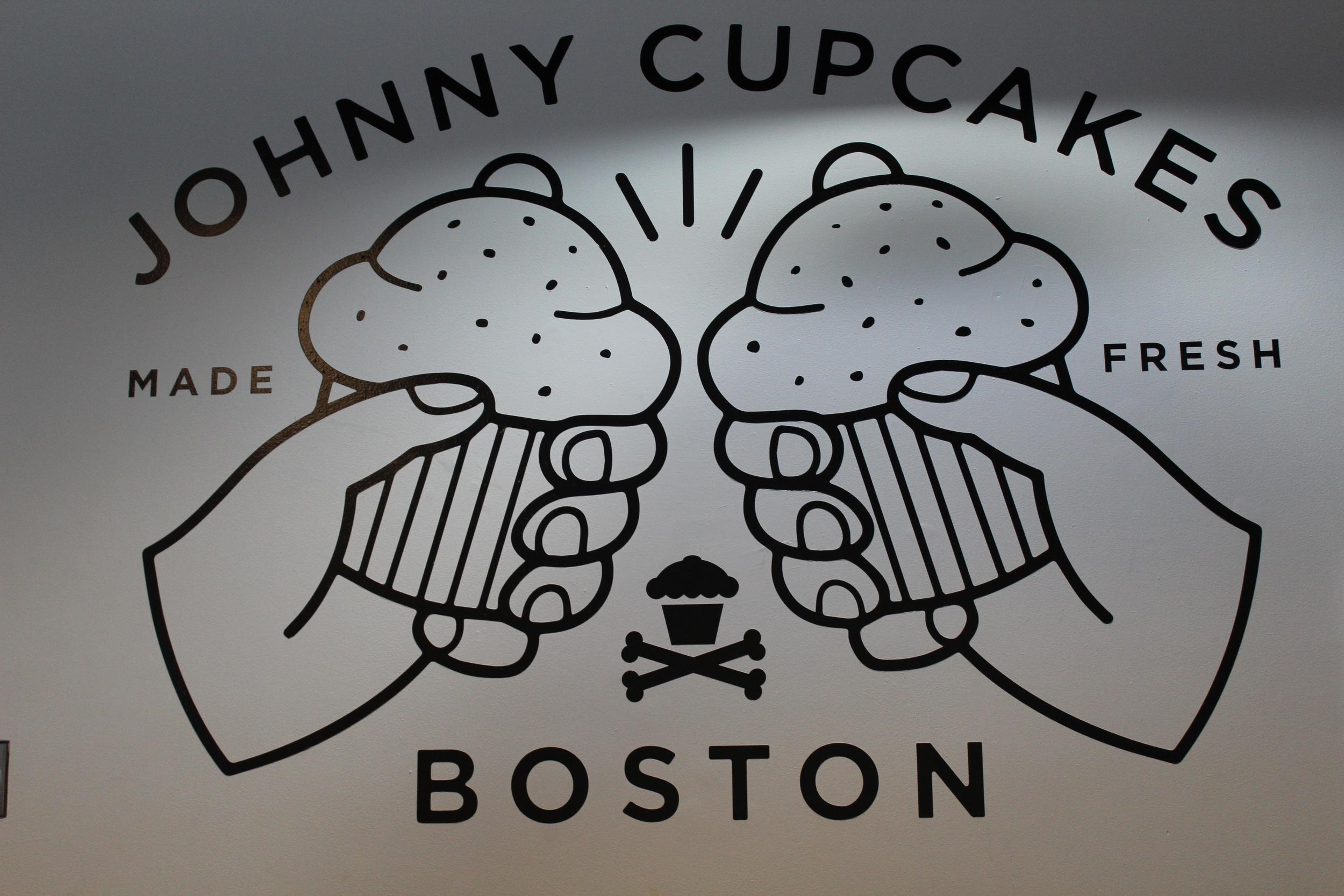 Johnny Cupcakes! 001.JPG