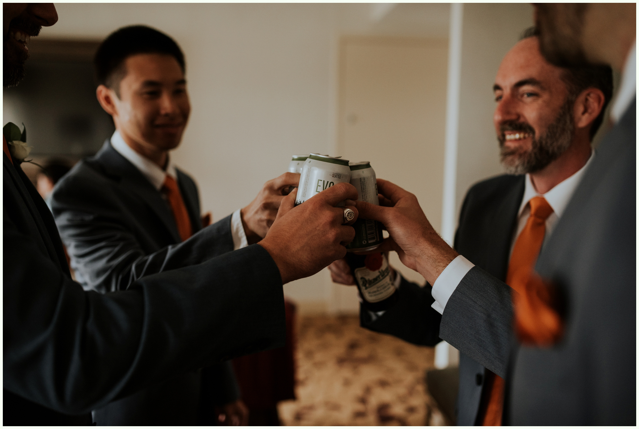within-sodo-june-wedding-seattle-photographer-caitlyn-nikula-15.jpg