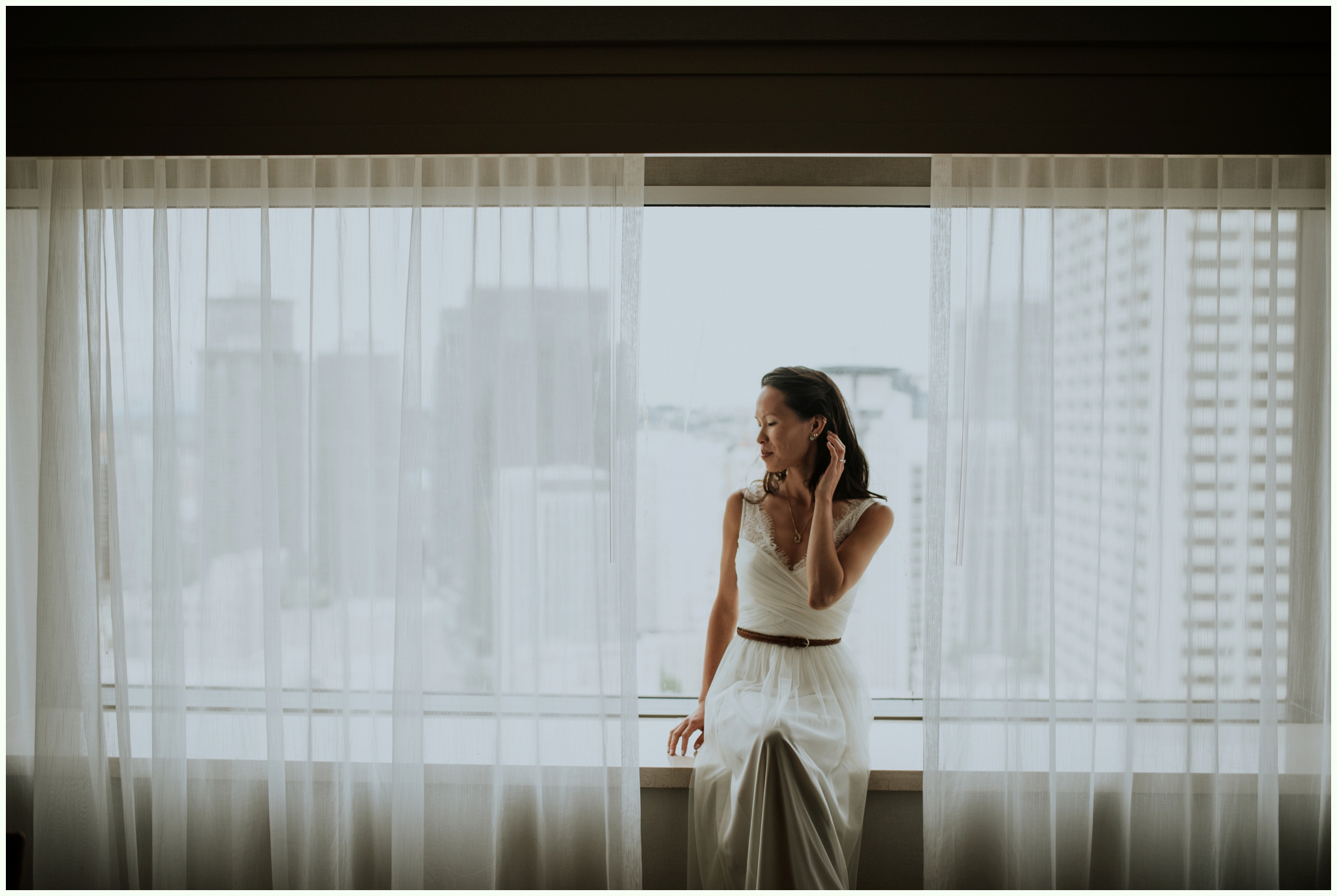 within-sodo-june-wedding-seattle-photographer-caitlyn-nikula-27.jpg