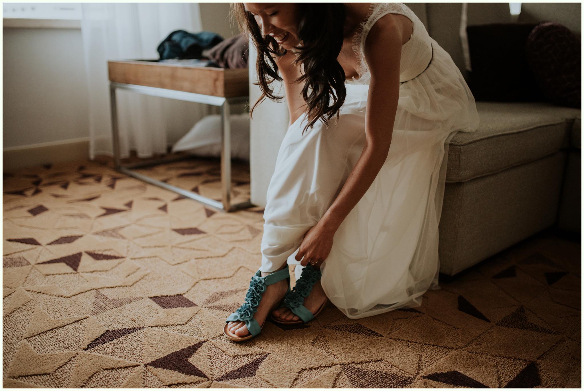 within-sodo-june-wedding-seattle-photographer-caitlyn-nikula-28.jpg