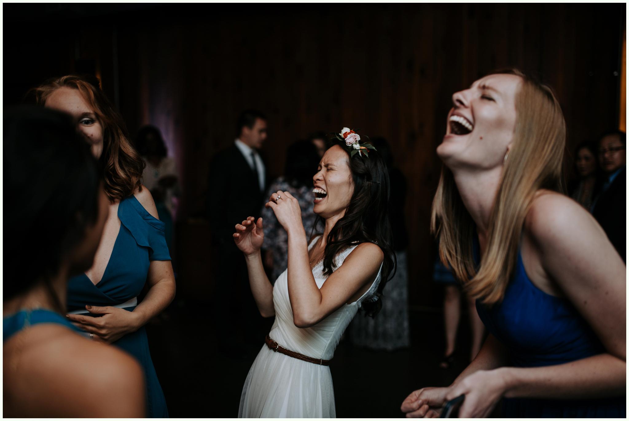 within-sodo-june-wedding-seattle-photographer-caitlyn-nikula-78.jpg