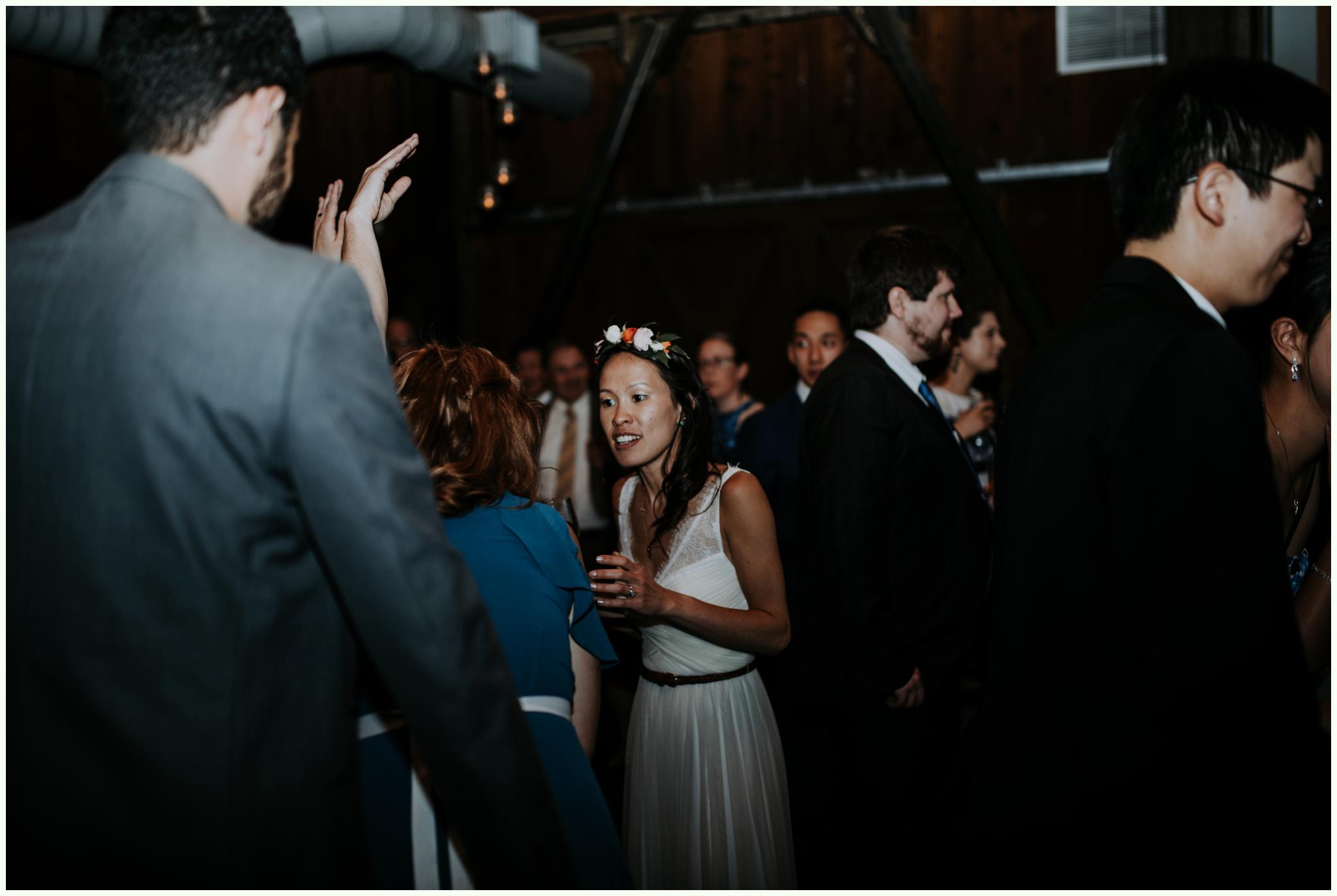 within-sodo-june-wedding-seattle-photographer-caitlyn-nikula-84.jpg