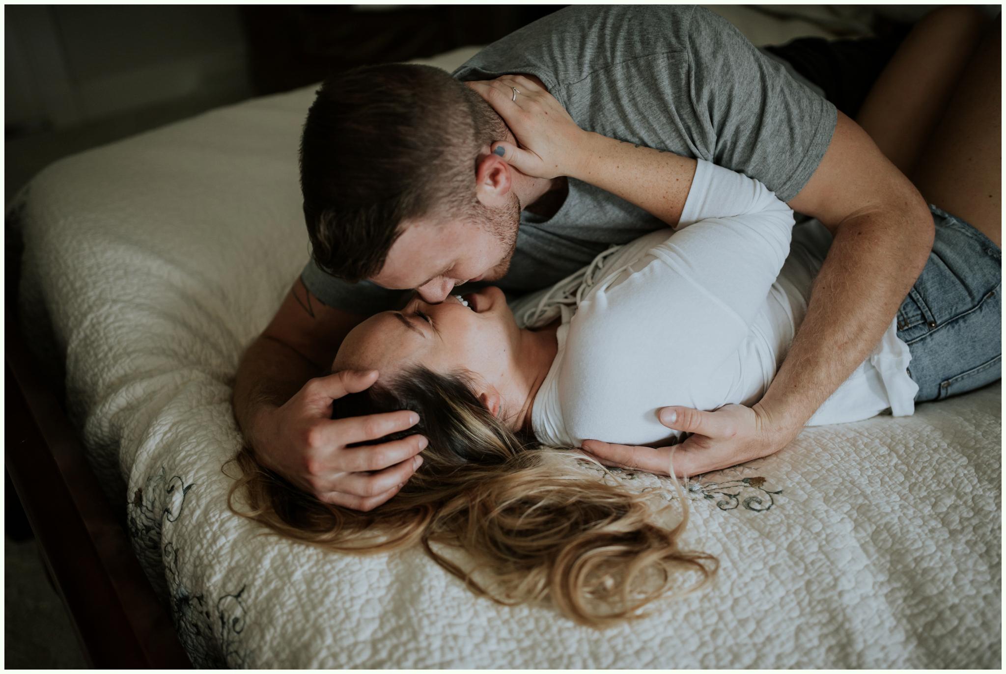 in-home-engagement-session-seattle-wedding-photographer-caitlyn-nikula-20.jpg