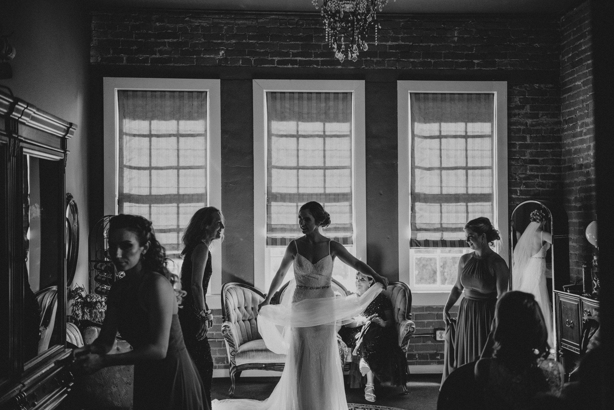 hollywood-school-house-wedding-seattle-photographer-caitlyn-nikula-62.jpg