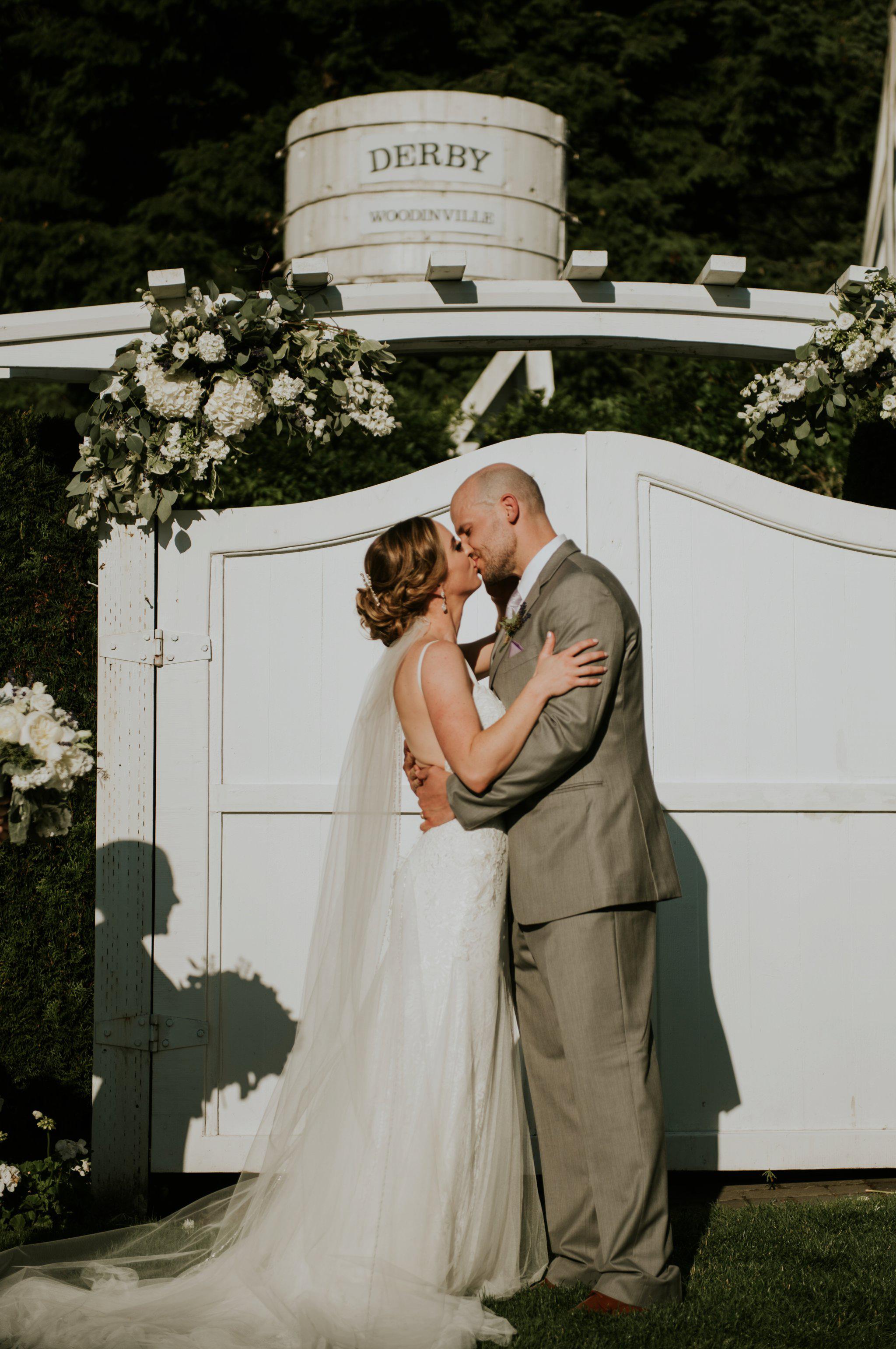hollywood-school-house-wedding-seattle-photographer-caitlyn-nikula-80.jpg