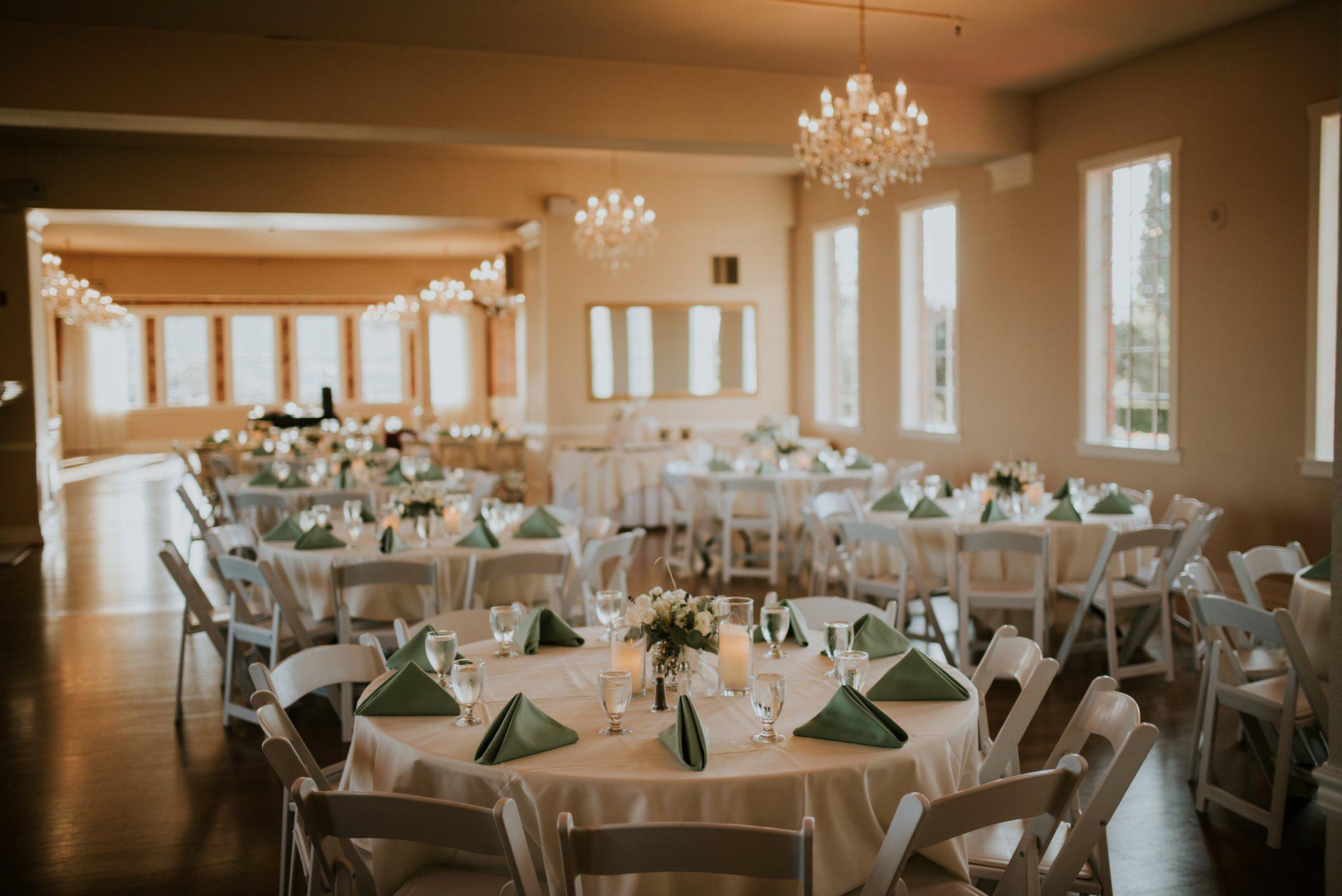 hollywood-school-house-wedding-seattle-photographer-caitlyn-nikula-87.jpg