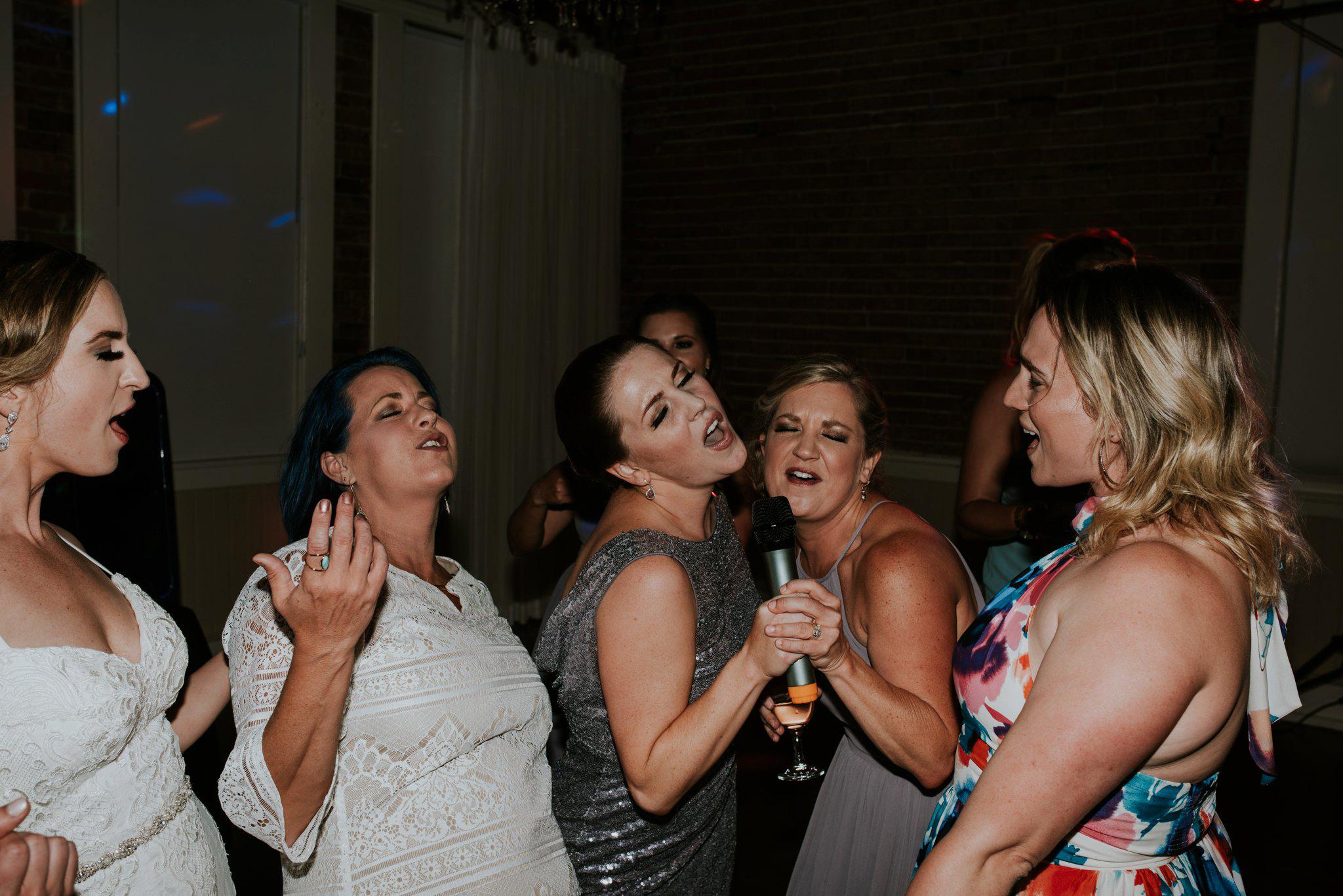 hollywood-school-house-wedding-seattle-photographer-caitlyn-nikula-125.jpg