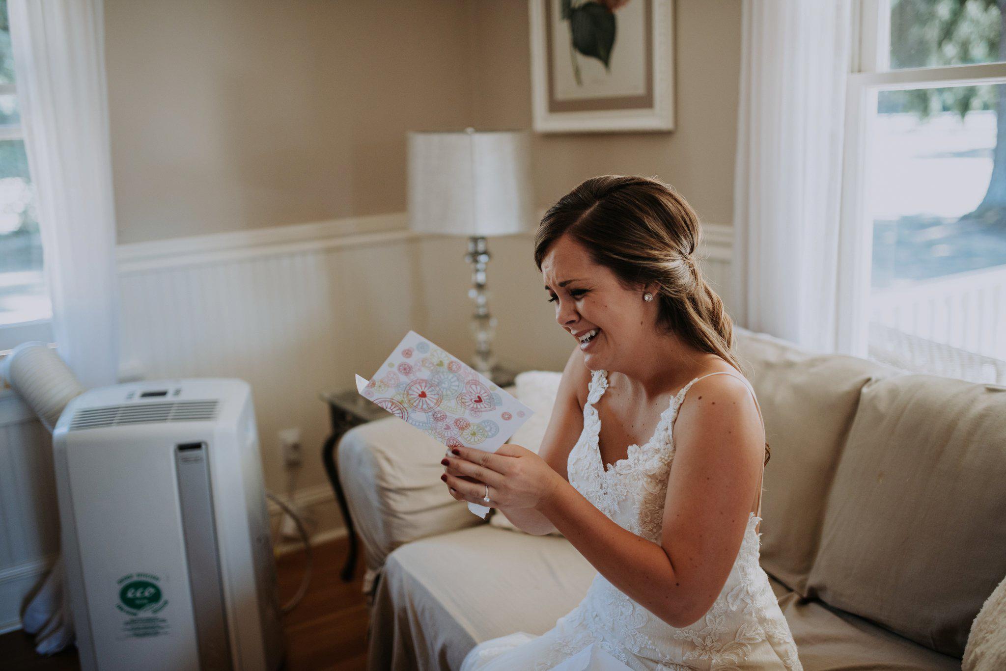 kristen-and-cody-the-kelley-farm-wedding-seattle-photographer-caitlyn-nikula-17.jpg